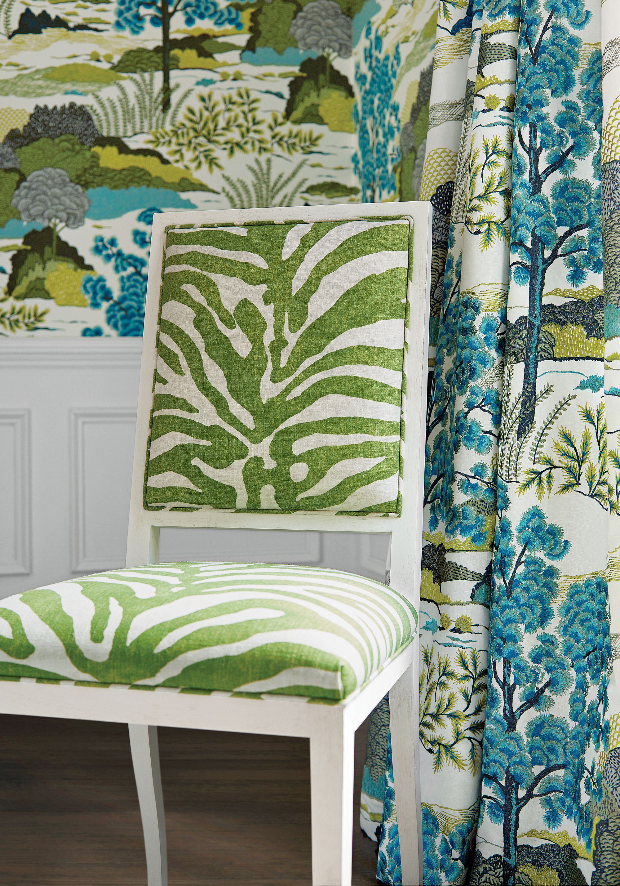 Lauderdale Chair in Serengeti printed fabric in Green from