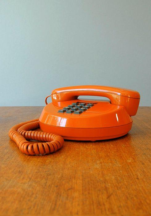 Inspiration: Retro Burnt Orange Push Button Phone #laylagrayce and #gabbydecor