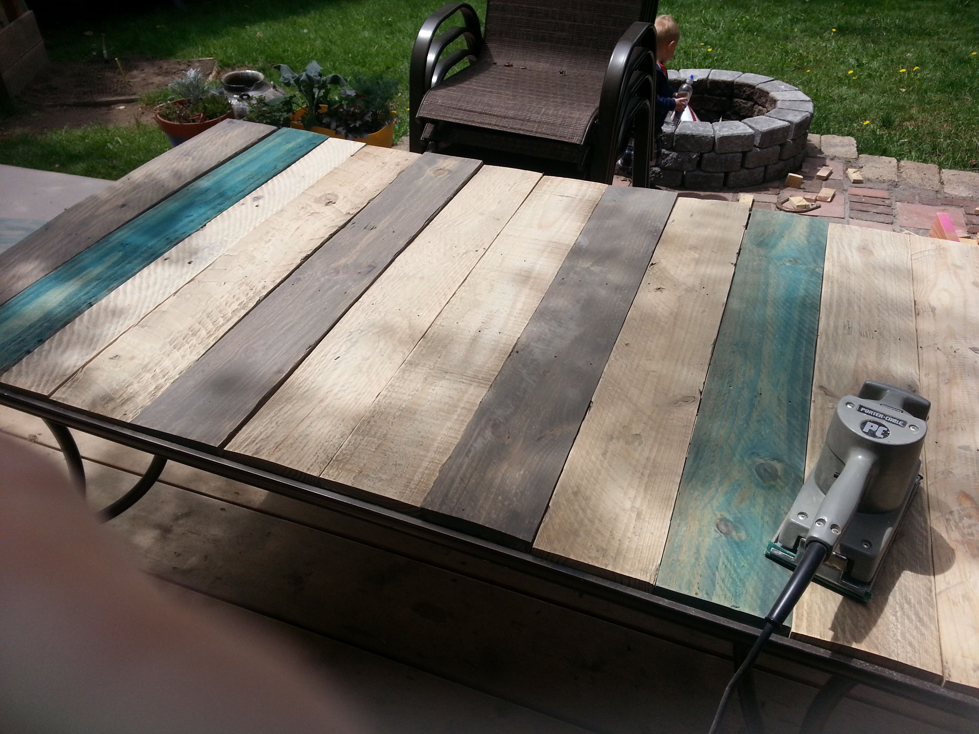 2013 05 14 132703 for the home pinterest pallet table top patio table top redo with pallet wood watchthetrailerfo