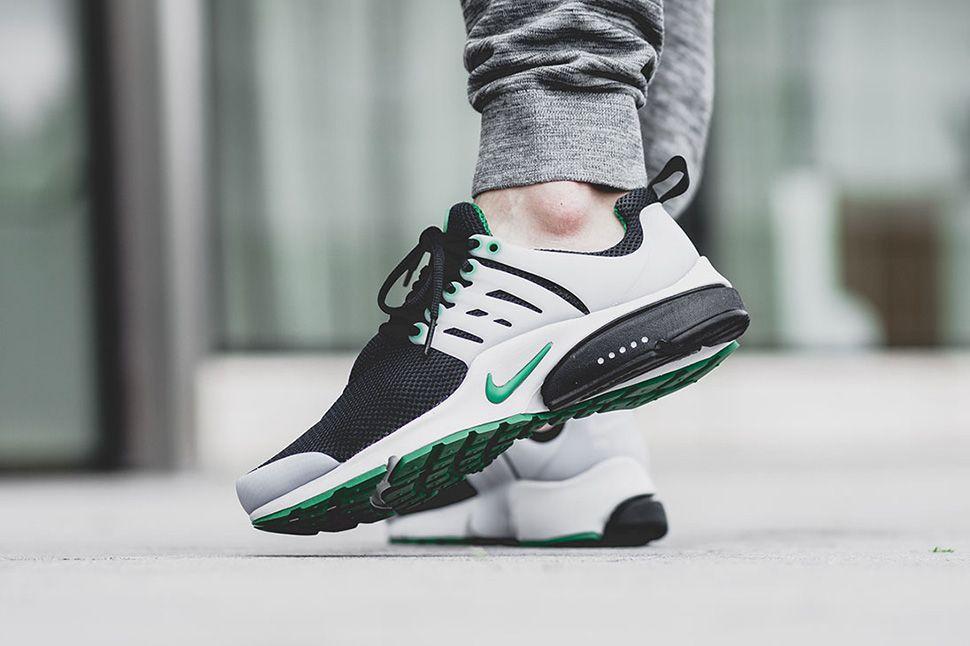 On Foot Nike Air Presto Essential Pine Green Eu Kicks Sneaker Magazine Nike Fashion Trending Sneakers Sneakers