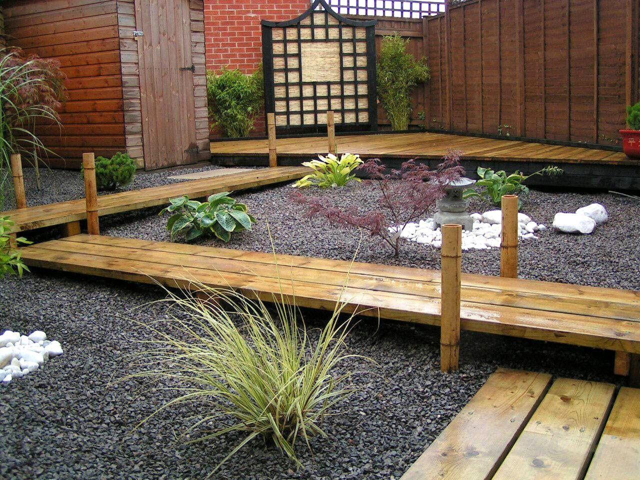 Small Garden Path Design Ideas | The Garden Inspirations