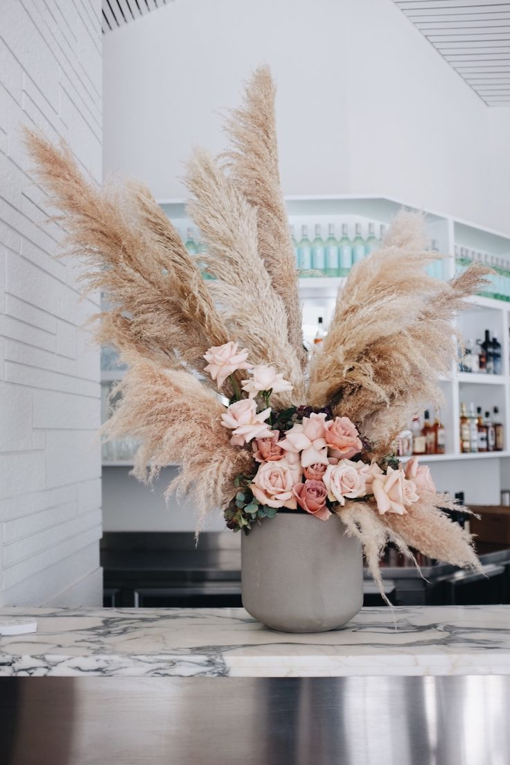 Www Sirbotanical Com A Pampas Grass And Rose Bar