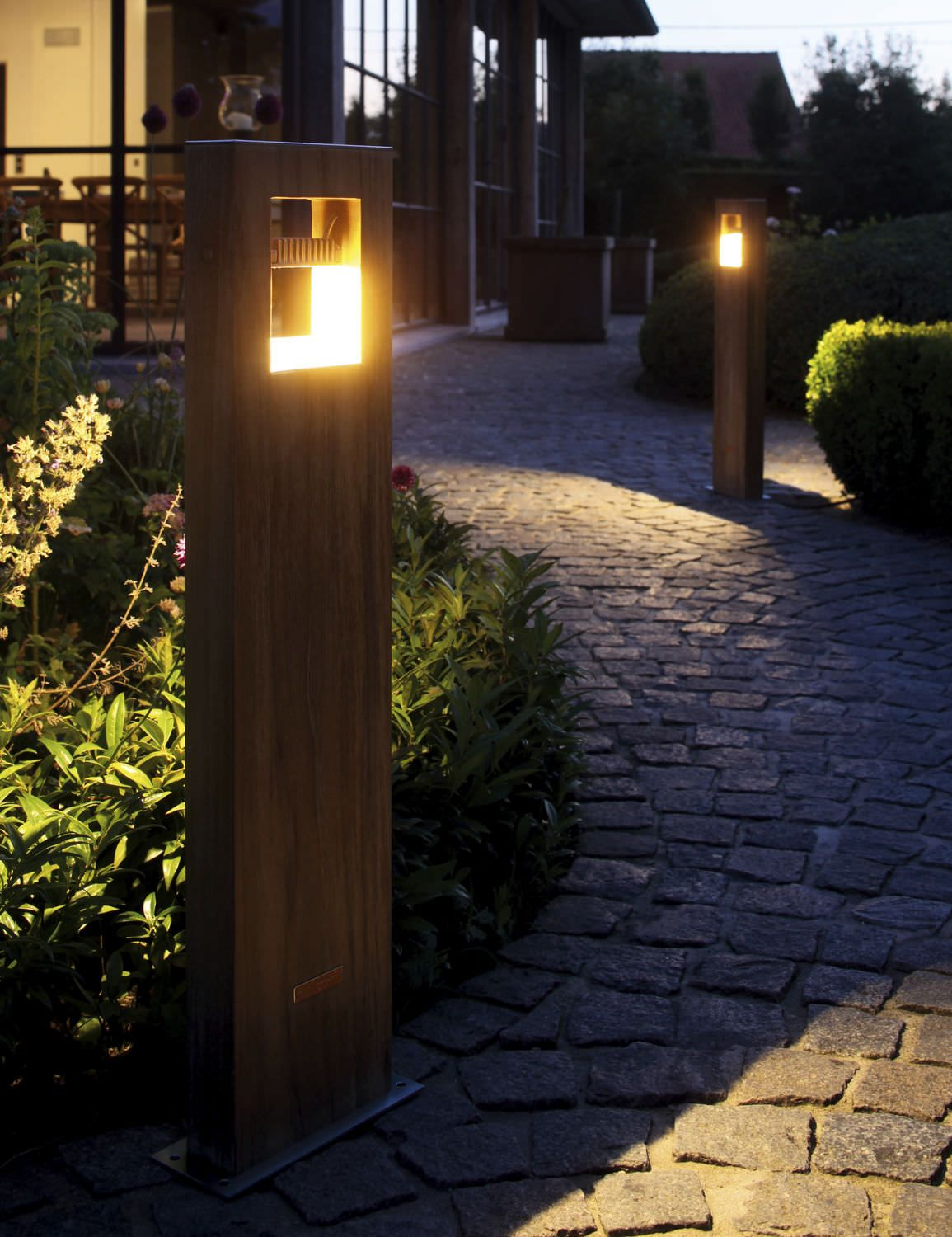 Garden Bollard Light Contemporary Metal Led Log 70 Royal Botania Bollard Lighting Landscape Lighting Driveway Lighting