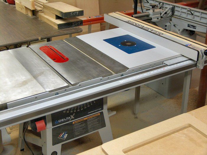 625 Router With Top Adjusting Kit Into Delta Table Saw Extension