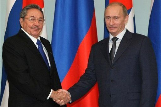 Cuban Leader Raul Castro meets Russian leader Putin at Kremlin today