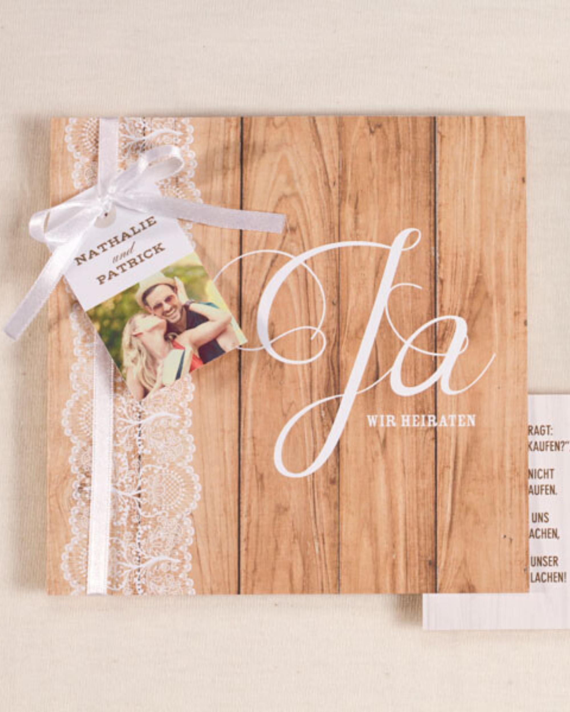 Hochzeitseinladungsholz mit Spitze   – Boho & Vintage Hochzeit | Tadaaz