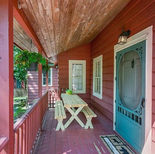 20 Charming Cottage Style Kitchen Decors: Rustic Decor Ideas For A Charming Summer Porch!
