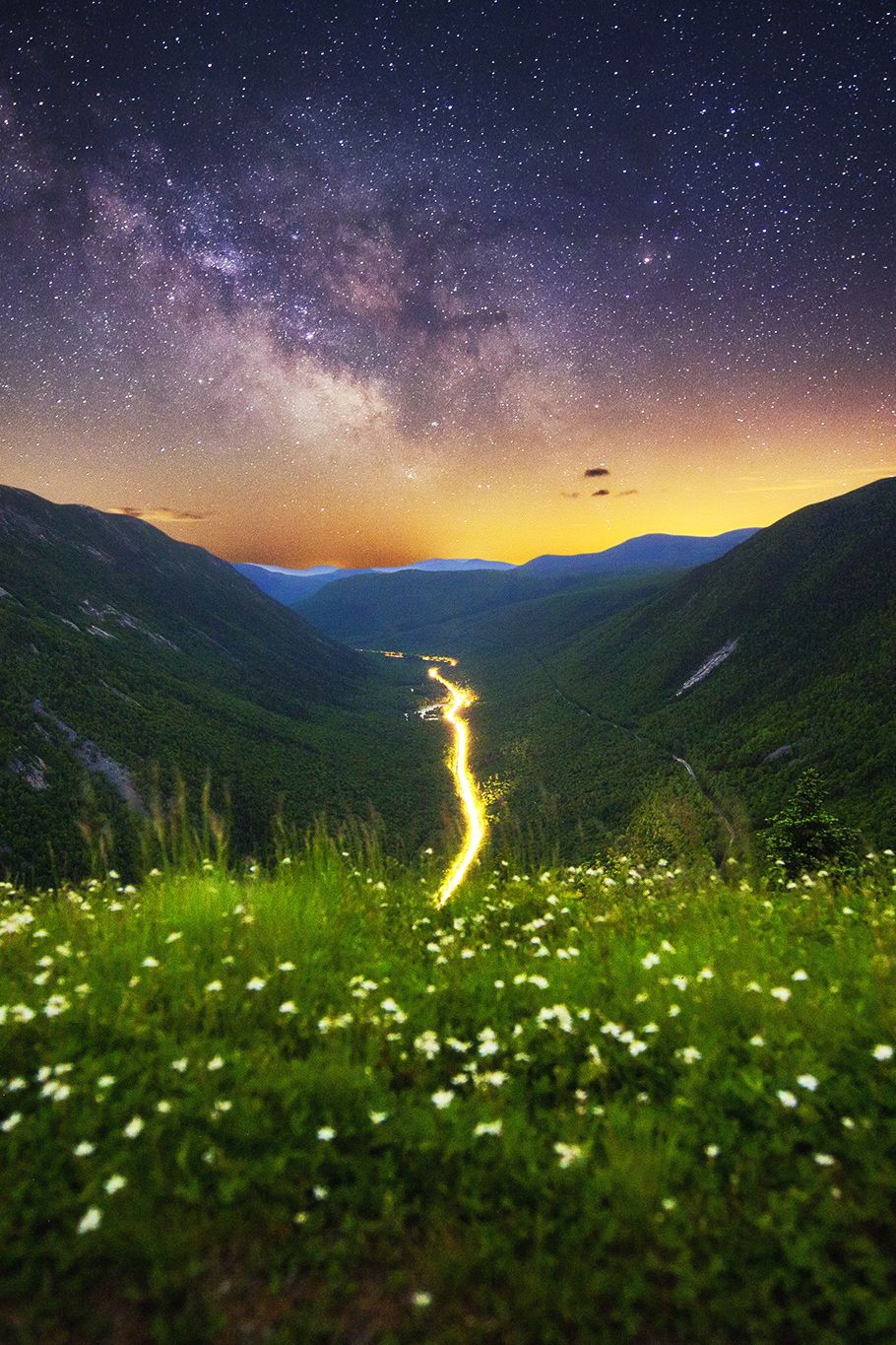 Midnight Vista II, Crawford Notch State Park, NewHampshire, by Christopher Georgia on 500px. (Trimming)