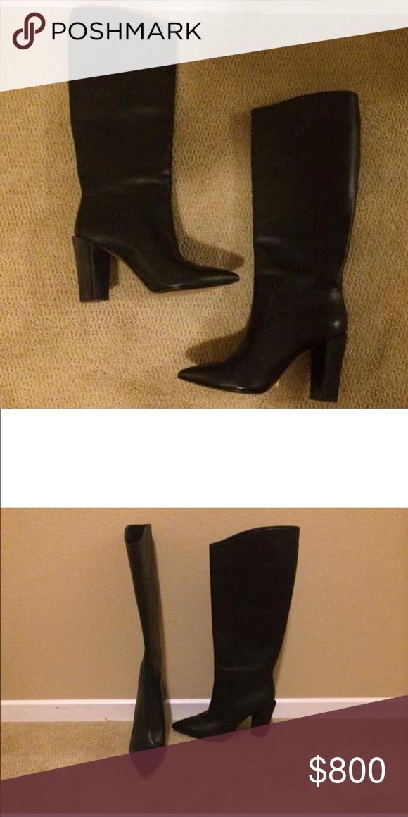 ff033a98ba7 Fendi boots Black leather chunky heel Fendi boots Fendi Shoes Heeled Boots