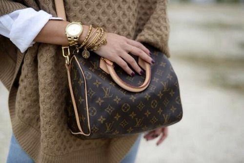 Die Louis Vuitton Speedy - der Klassiker unter den Klassikern. Die Geschichte erfährst Du hier: www.maedchenflohmarkt.de/magazin/artikel/it-bag-louis-vuitton-speedy/77