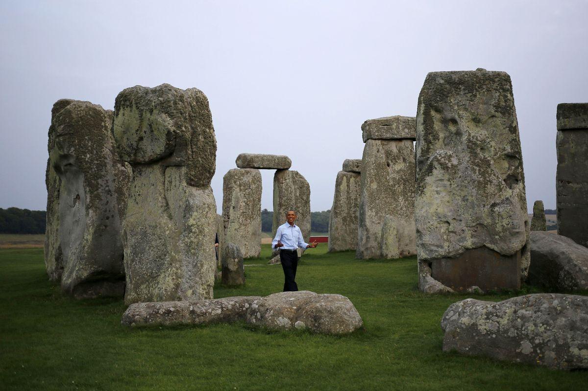 Barak Obama visits Stonehenge on Sept 5, 2014