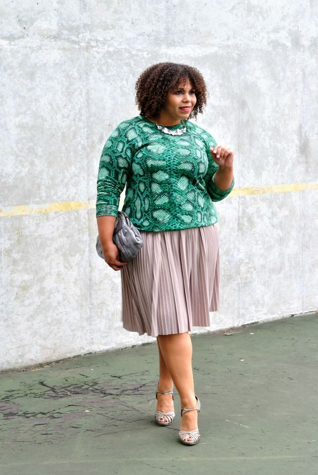 Snakeskin Sweatshirt & Pleated Skirt | TheHauteMeal.com #outfit #fall #plussize