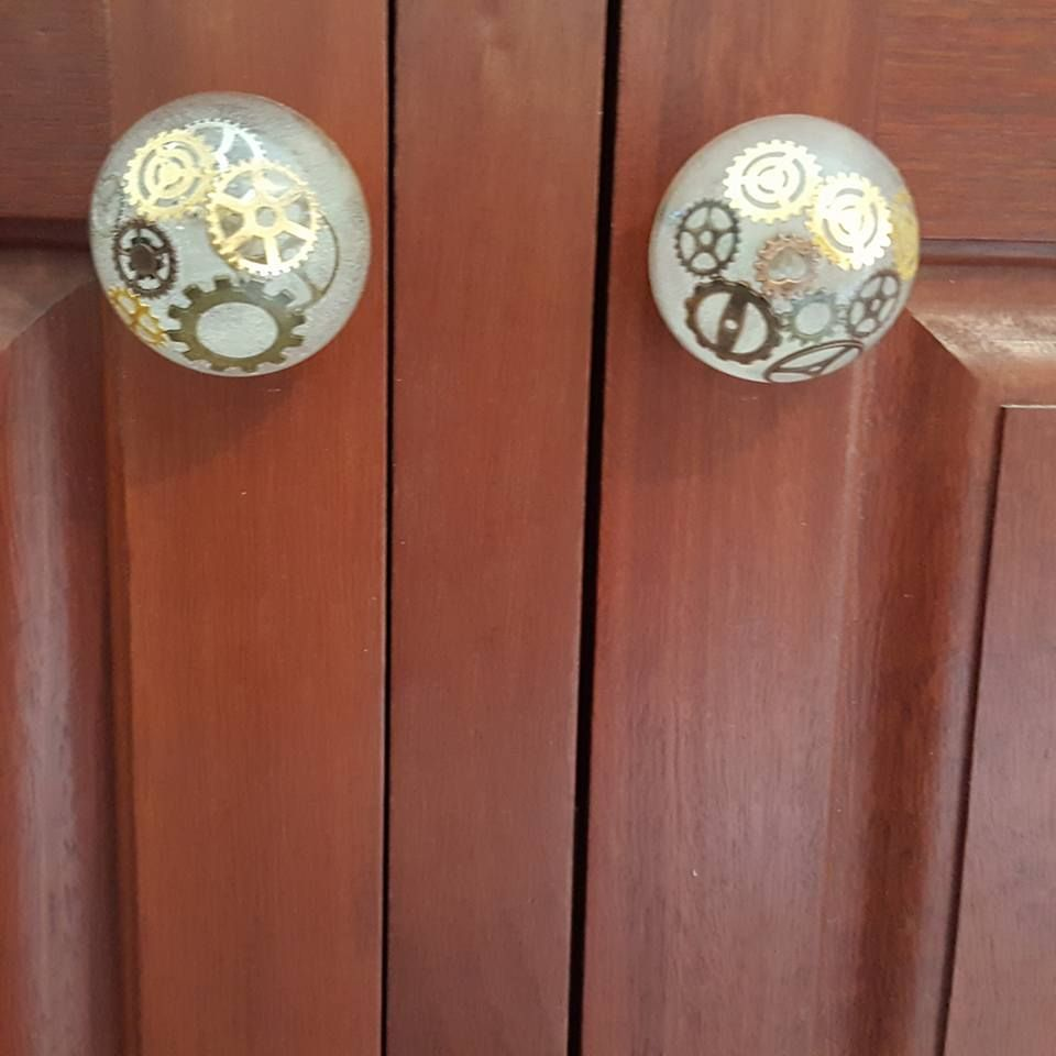 This is an easy way to make your own custom door knobs to totally ...