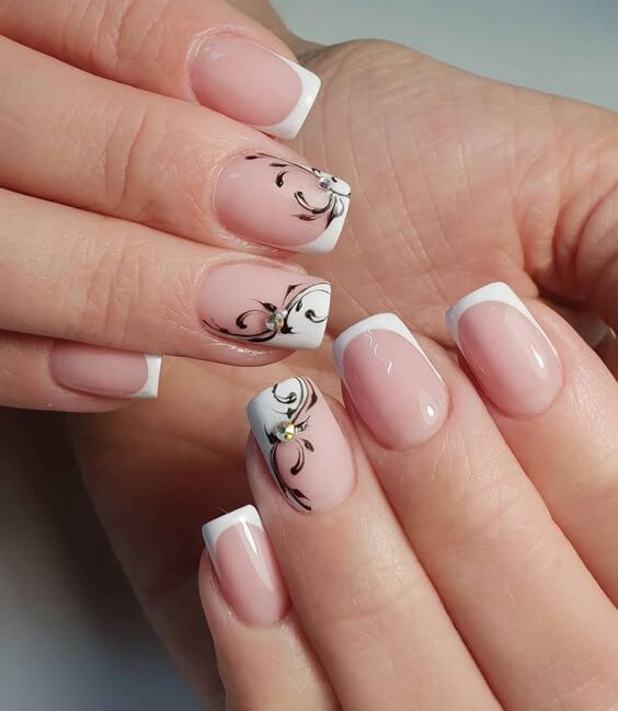 40+ Cute Art Design Nails With Rhinestone