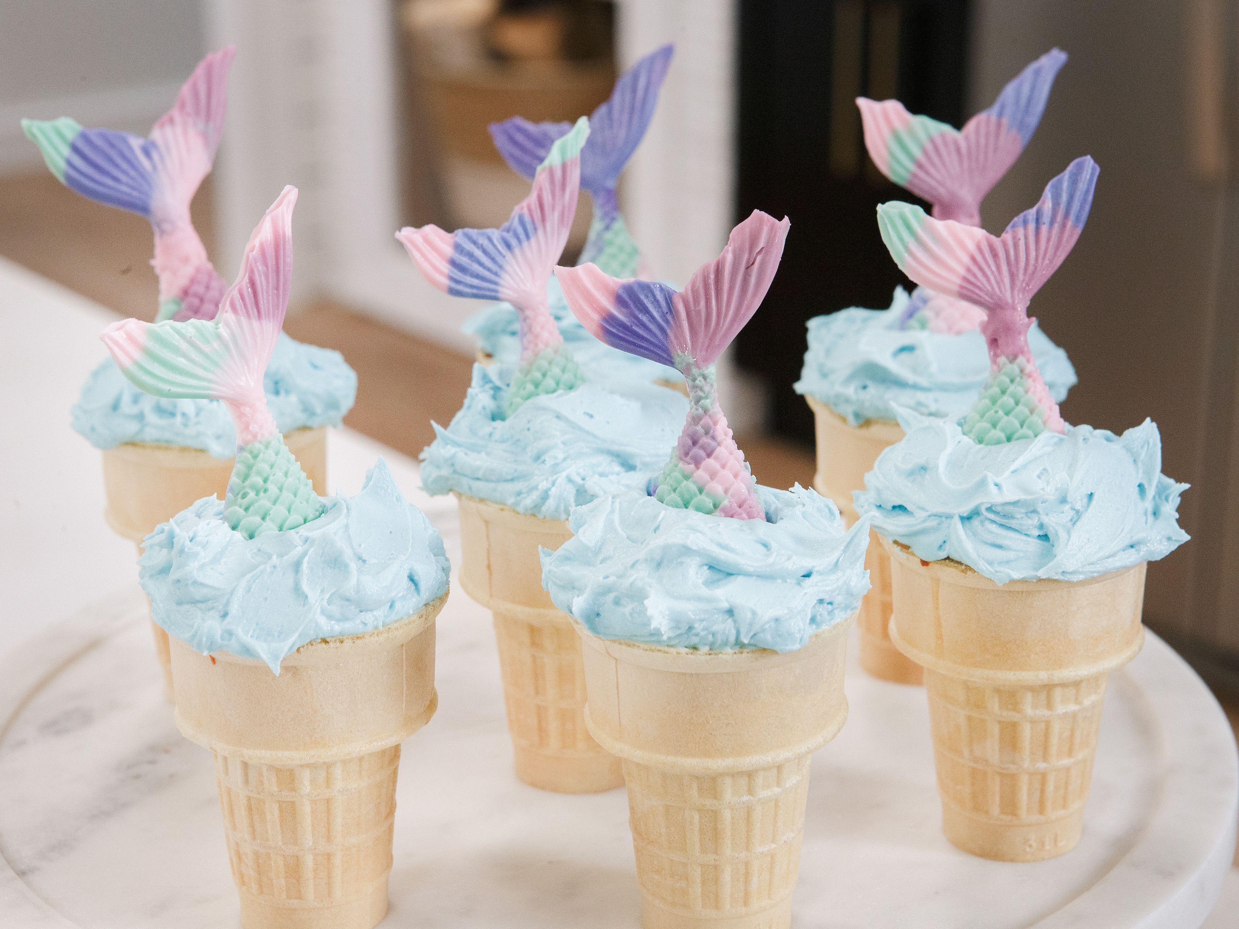 30++ Blue bunny birthday cake ice cream mini cones trends