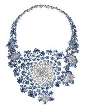 collier or blanc saphirs et diamants  motifs fractale