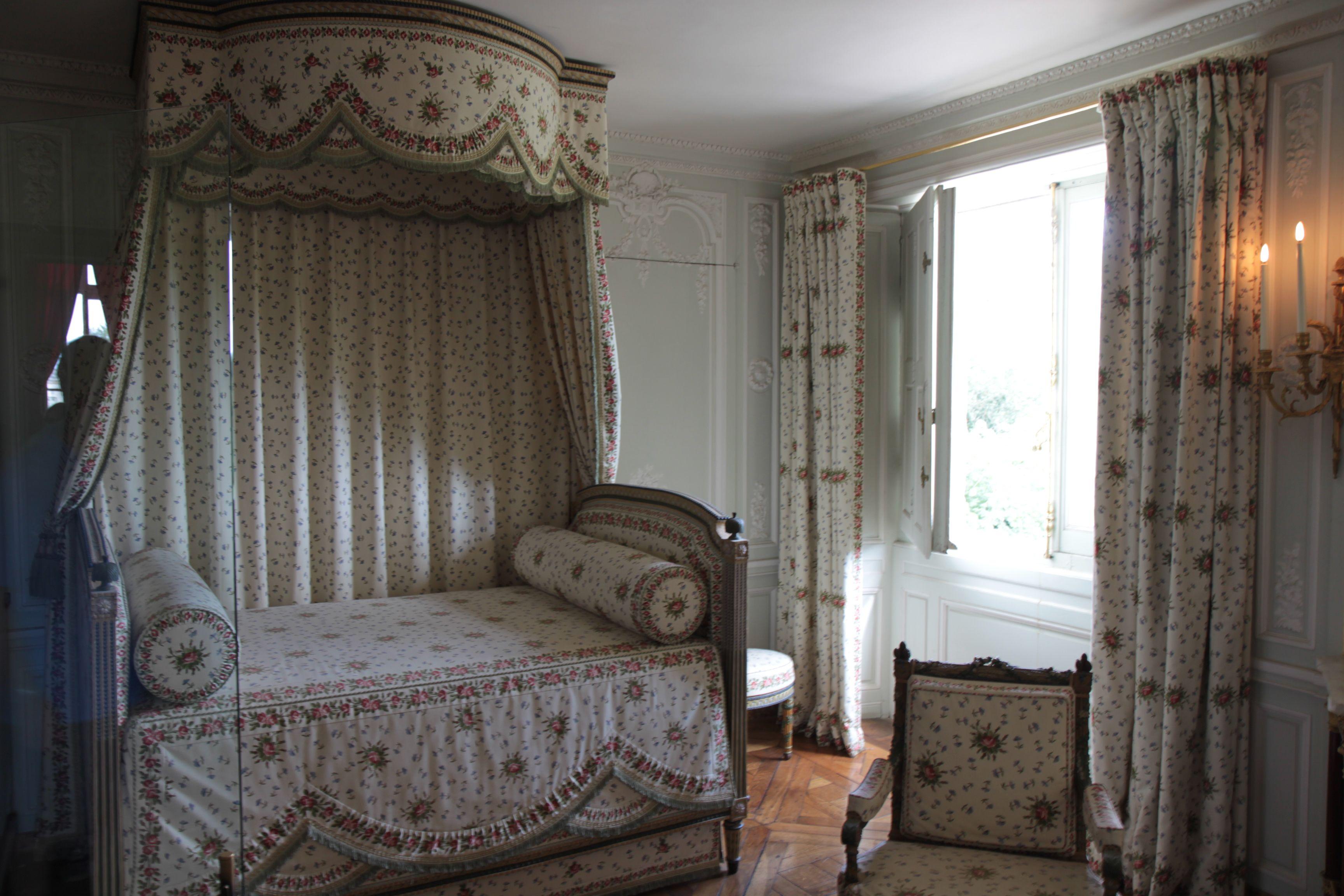 bedroom of marie antoinette marie antoinette pinterest
