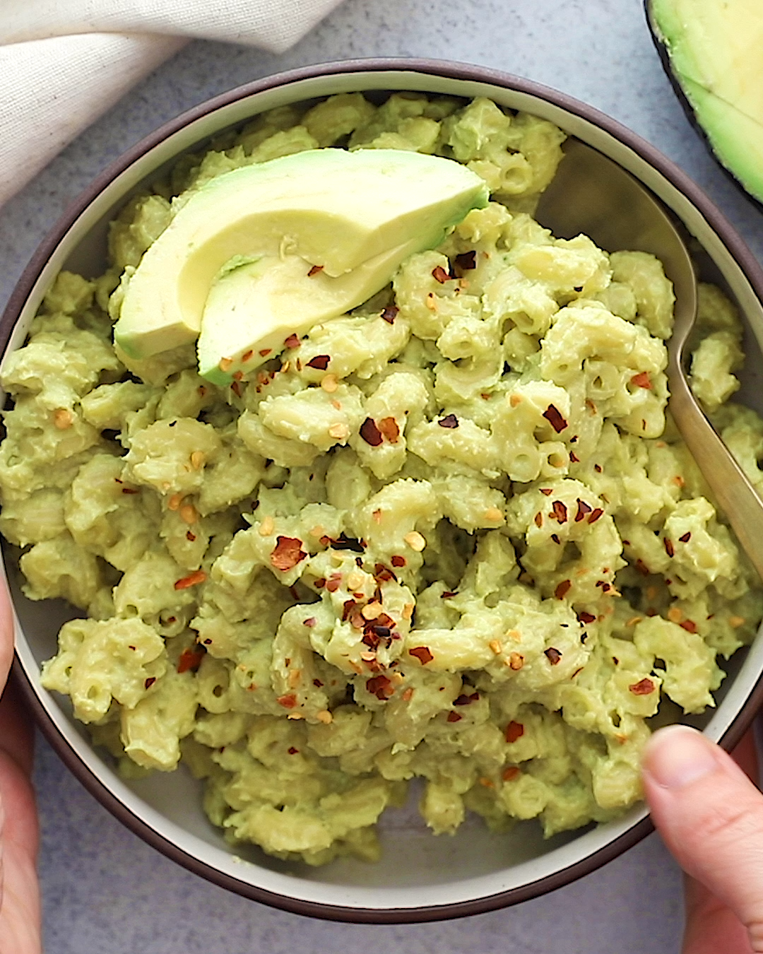 Vegan Avocado Mac and Cheese #macandcheeserecipe