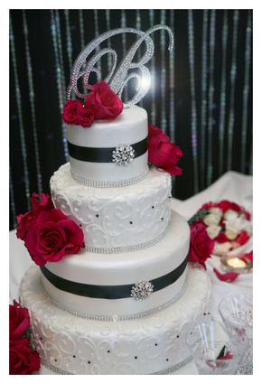 I want my wedding with red black and silver it\'s just beautiful ...