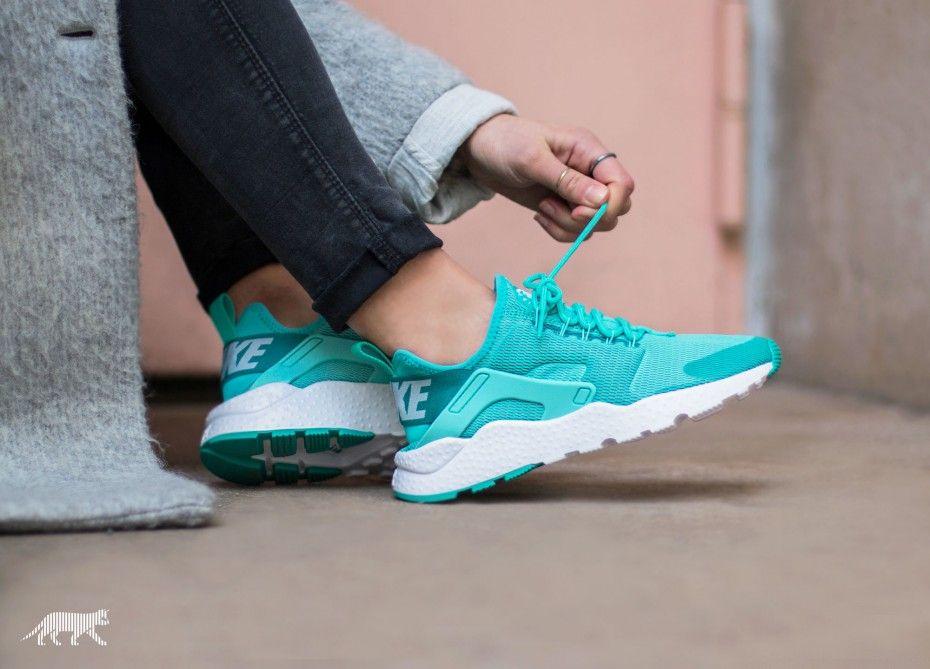 Turquoise · Nike Wmns Air Huarache Run Ultra ...