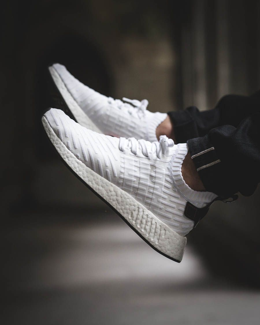 Adidas Nmd R2 Pk Sneakers Men Fashion Running Shoes For Men