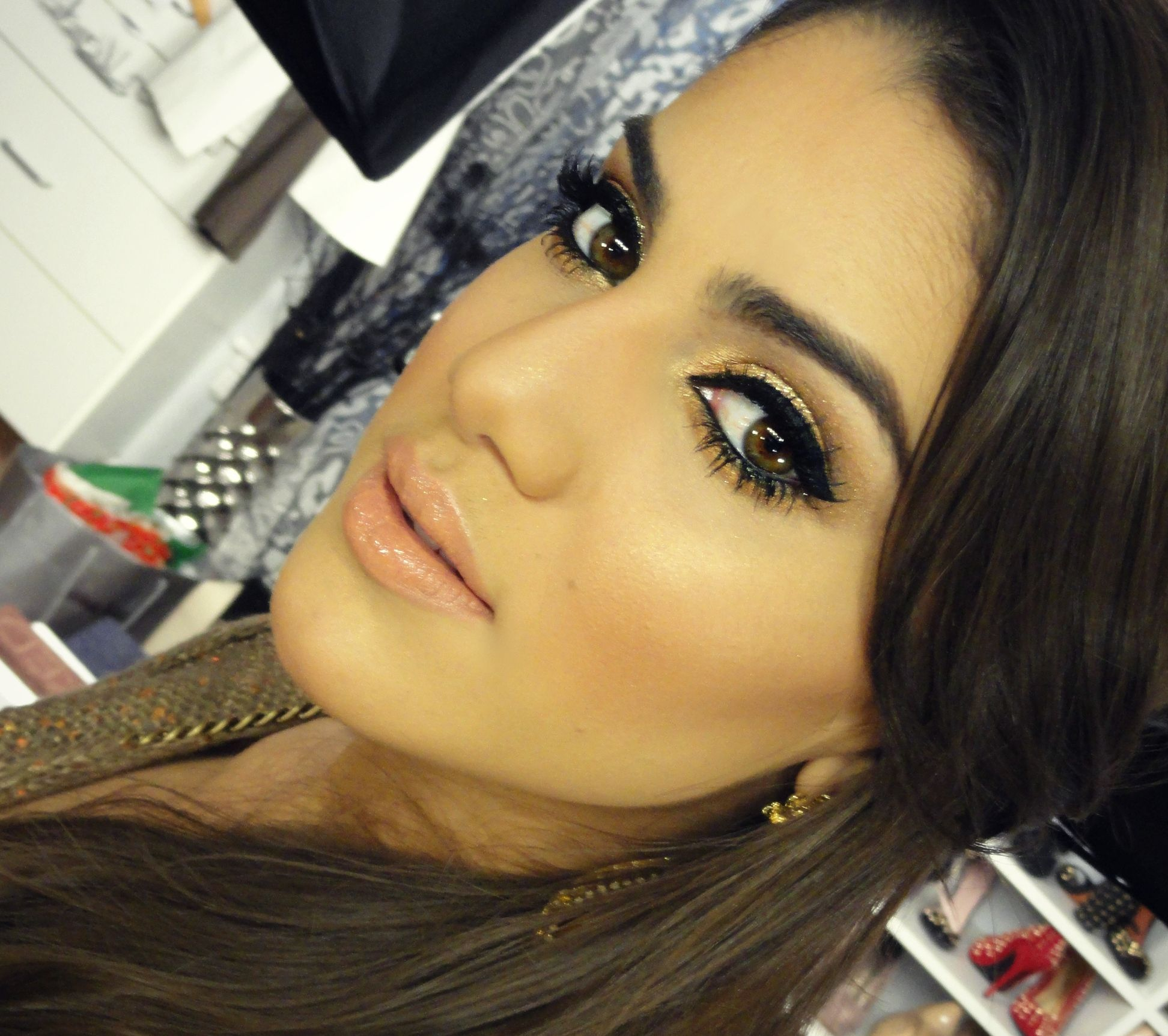 http://supervaidosa.com/2013/01/04/maquiagem-bronze-pro-verao/