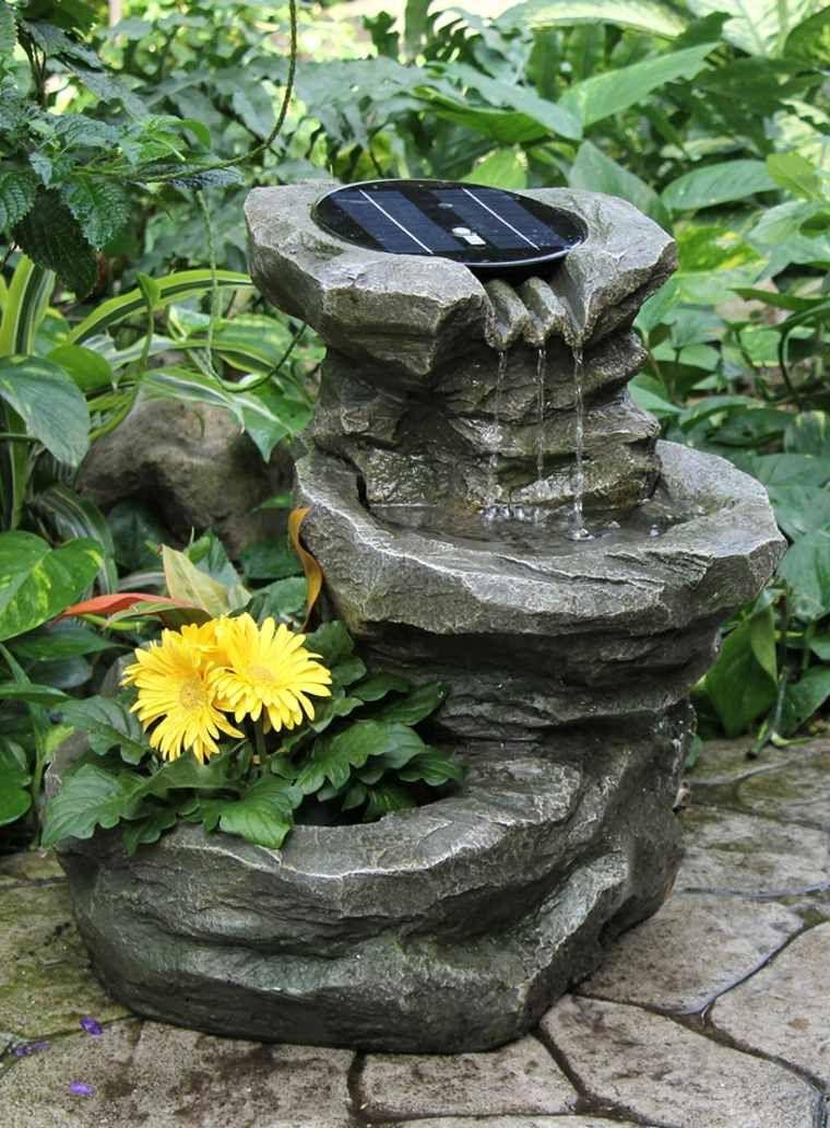Cascade solaire de jardin en pierre   Fontaine solaire ...