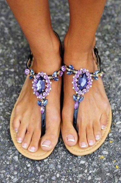 Gorgeous purple stones in summer sandals!