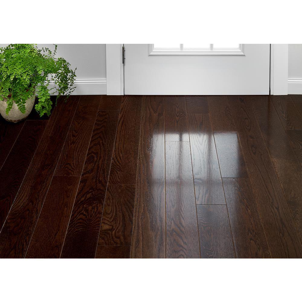 Plano Oak Mocha 3 4 In Thick X 5 In Wide X Varying Length Solid Hardwood Flooring 23 5 Sq Ft Case Bruce In 2020 Solid Hardwood Floors Hardwood Floors Flooring