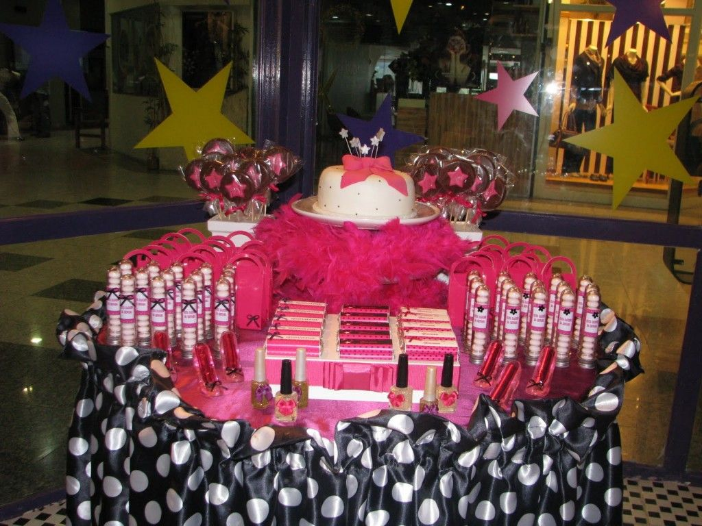 Pink Black Quines/Sweet Sixteen | Party Table Decoration | Tips Kids Party    Ideas