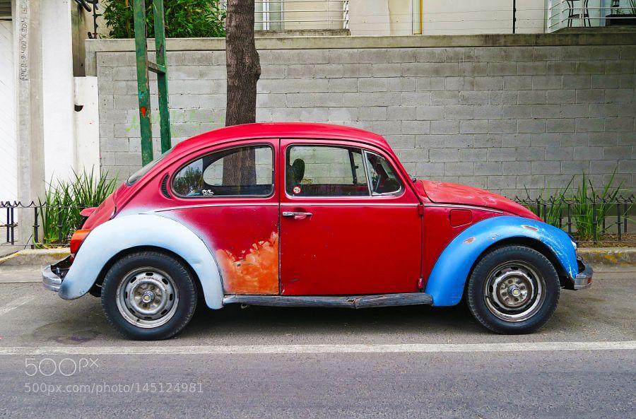 Viejo y colorido Escarabajo by sfbetrian