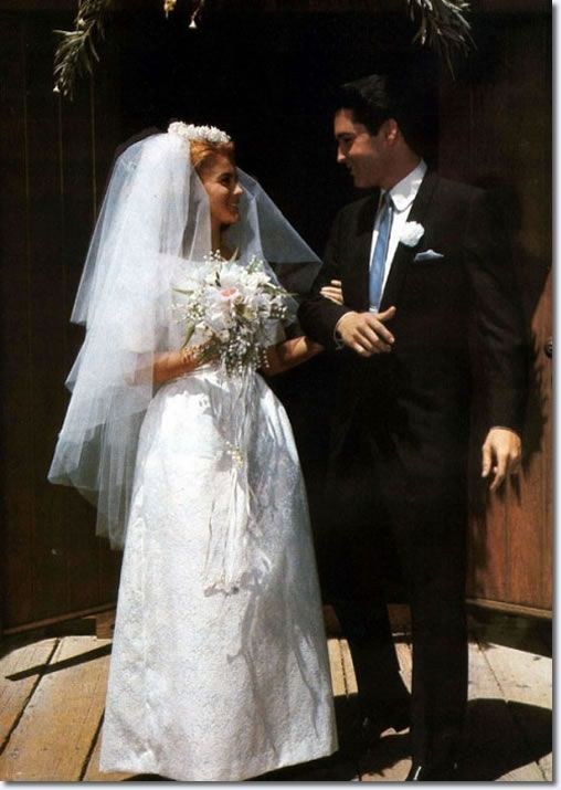 A Publicity Photograph From The End Wedding Scene Ann -5619