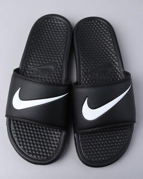 ec78bc69f87de Nike Slides the only ones i would wear