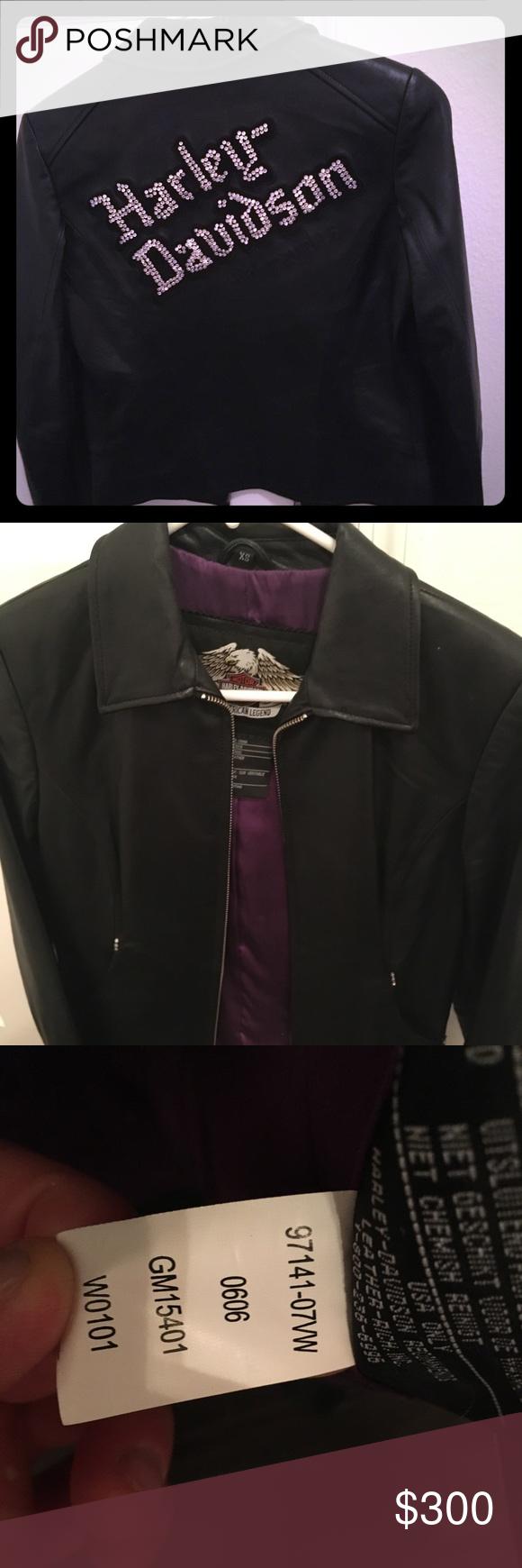 HarleyDavidson Leather Jacket 9714107VW This jacket will