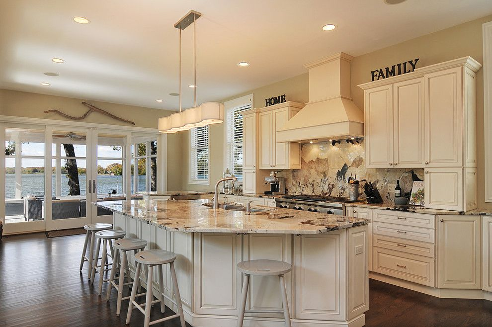 delicatus granite traditional kitchen image ideas chicago beige