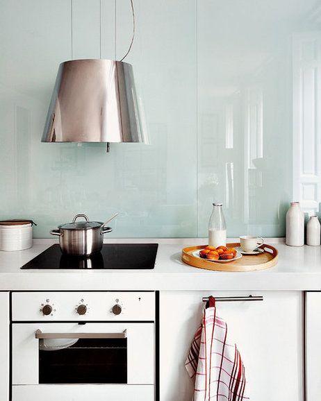 Cristal en las paredes de la cocina