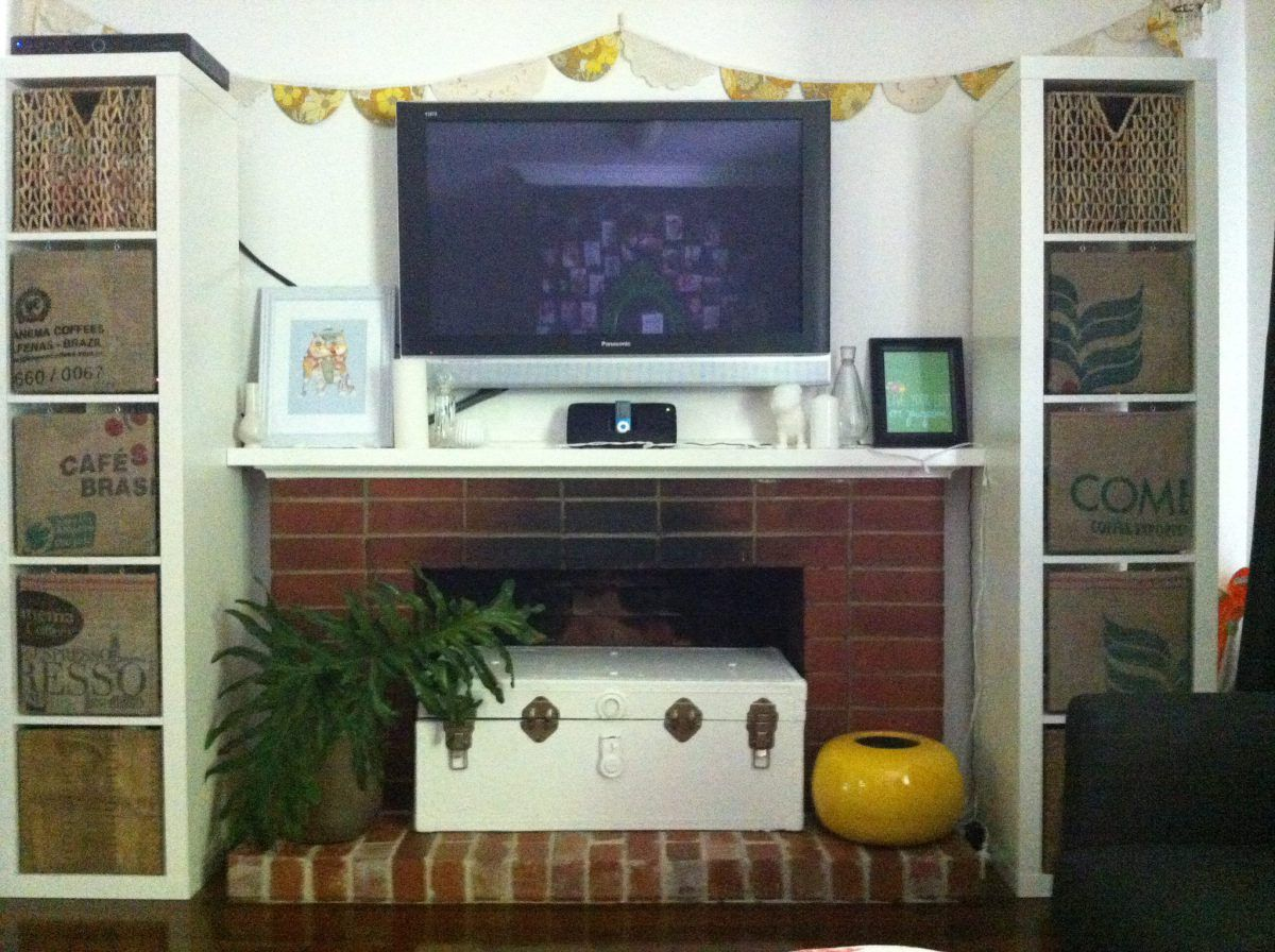 doily bunting, fireplace, things in fireplace, painted chest | Do ...