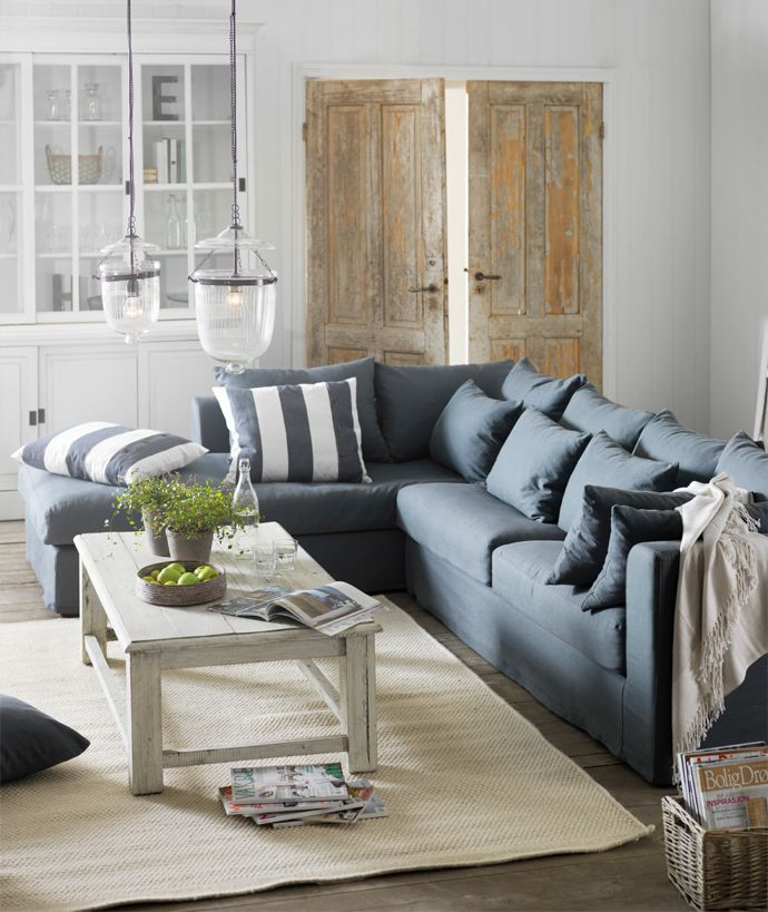 Astounding Grey And White Living Room Charleston Home Decor Download Free Architecture Designs Lukepmadebymaigaardcom