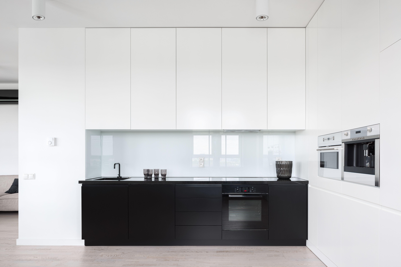Acrylic Kitchen Splashbacks Polymer Splashbacks In 2020 Acrylic Kitchen Splashbacks Small White Kitchens Kitchen Models