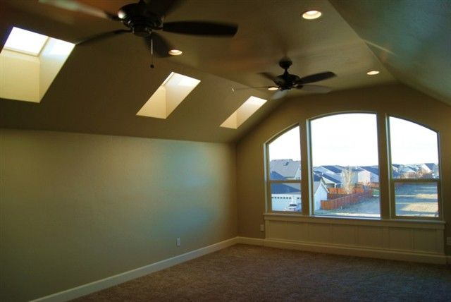 Skylights And Window In Bonus Room Above Garage Home Building Design Cool Rooms Bonus Room