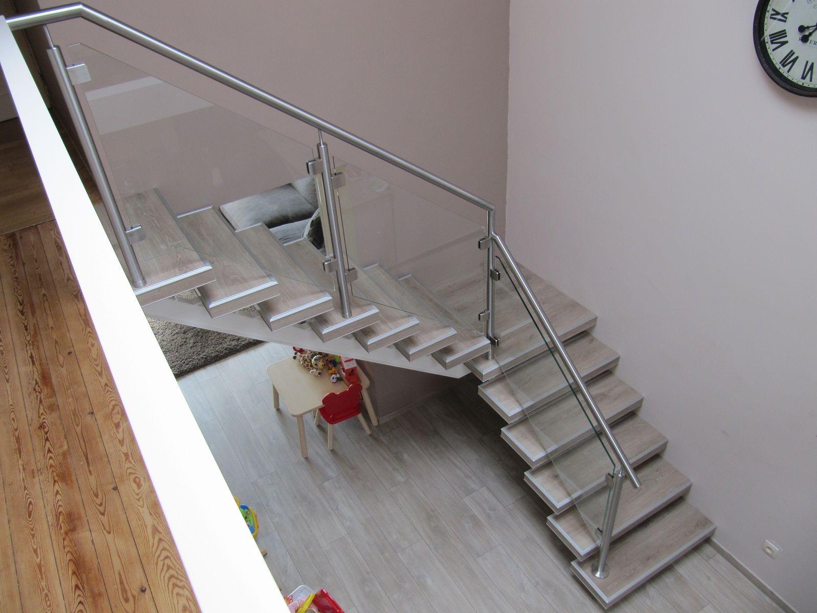 Balustrade glazen hekje schuin langs trap lumigrip rvs glazen balustrades pinterest - Balustrade trap ...