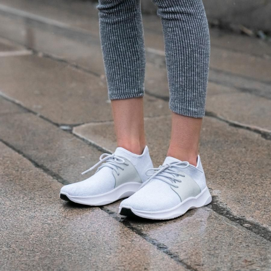 Everyday shoes, Sneakers, Waterproof shoes