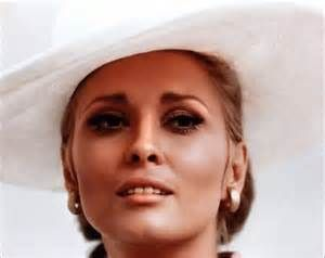 "Faye Dunaway ( "" l'Affaire Thomas Crown"" - 1968 )"