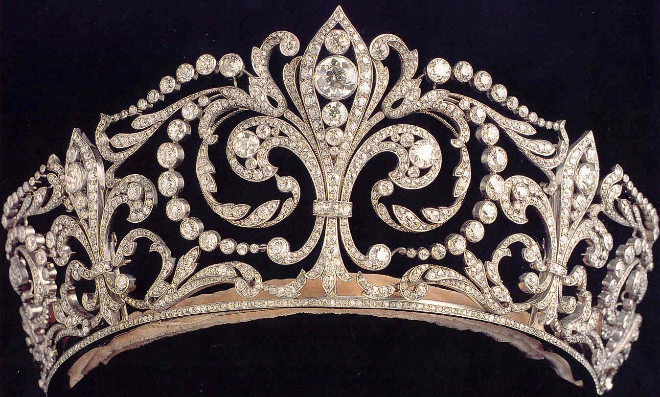 Fleur de lys tiara it was made by ansorena in 1906 and features the symbol of the house of - Fleur de lys symbole ...