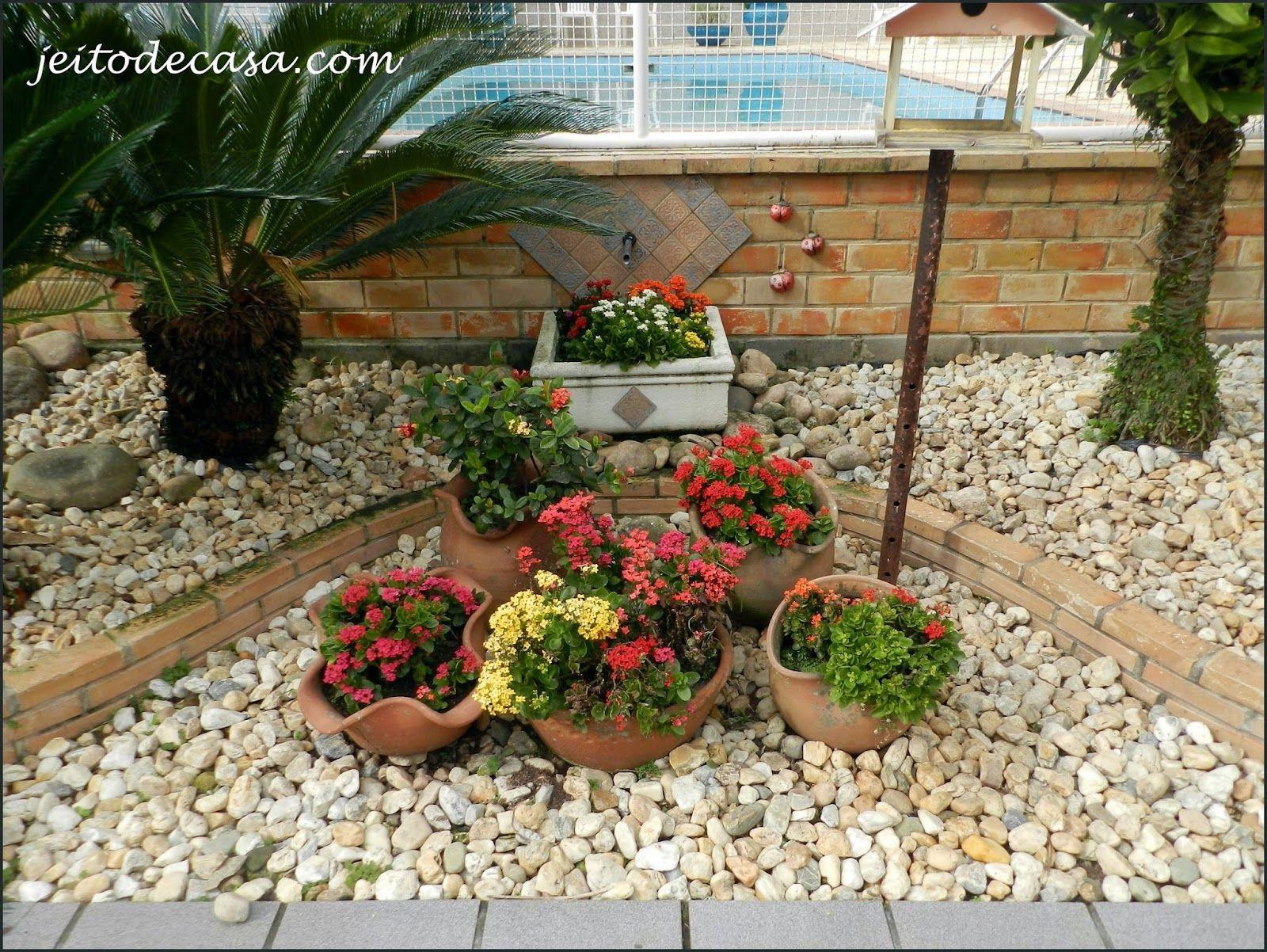Kalanchoe ou Calandiva? Coisas para comprar Paisagismo jardim, Jardim florido e Decoraç u00e3o jardim -> Decoração De Jardins Com Pedras E Flores