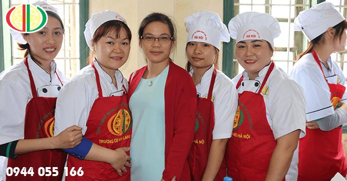 Học nấu ăn ở Hà Nội - Trường dạy nấu ăn Văn Lang