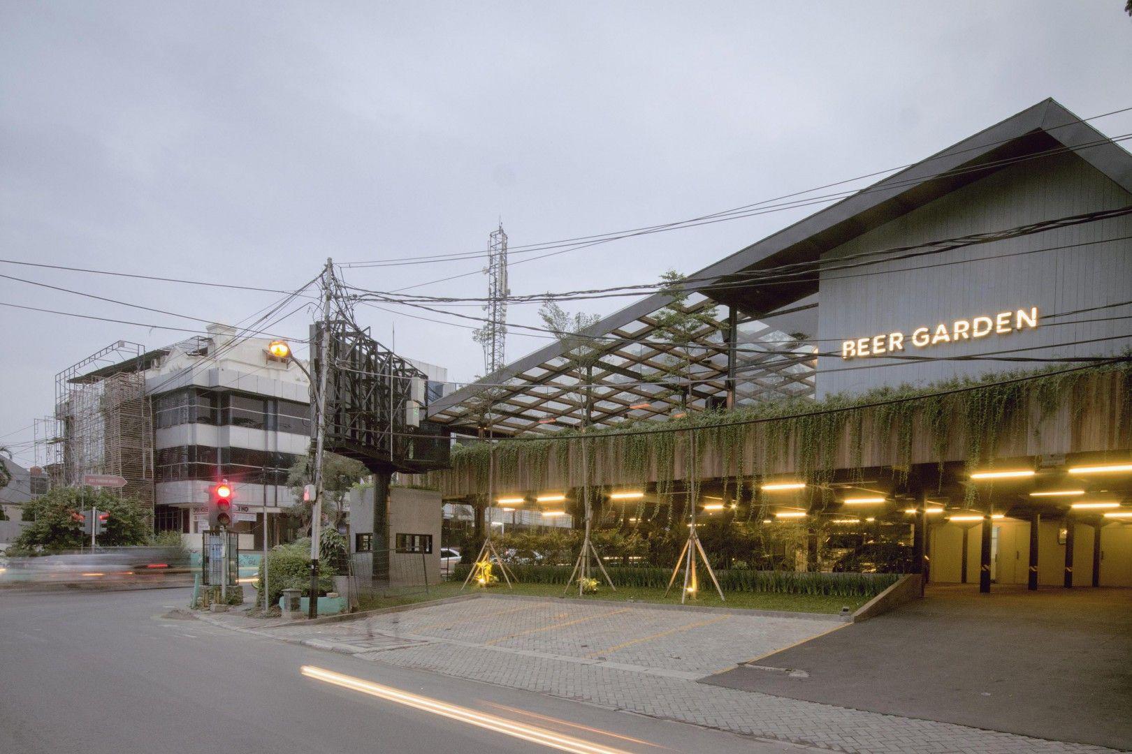 Industrial Shopfront Beer Garden Jakarta Selatan