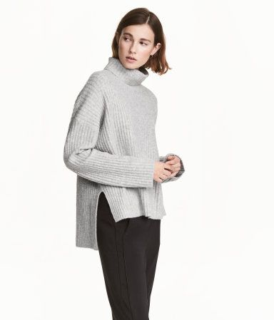 Light gray melange. Wide-cut turtleneck sweater in a soft rib knit ...