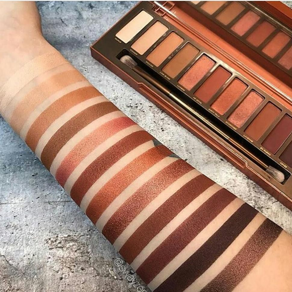Naked Heat Eyeshadow Palette by Urban Decay #17