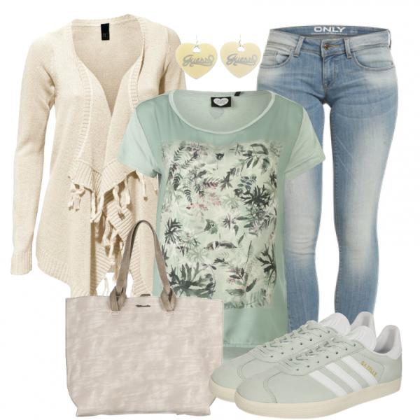 Frühlings Outfits: Dschungelcamp Das Tolle Printshirt Passt Farblich Ideal  Zu Den Sneakers Von Adidas